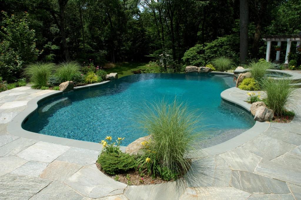 Natural Stone Vanishing Edge Pool Shoreline Pools